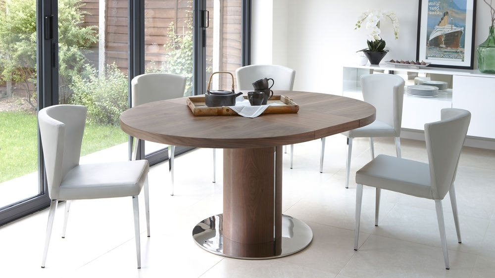 Round Extendable Dining Table Design (View 12 of 20)
