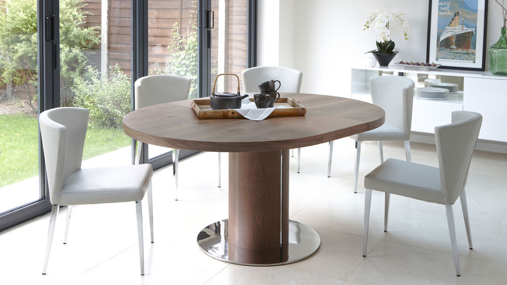 Round Extendable Dining Tables And Chairs Inside Well Known Round Extendable Dining Table Design (View 4 of 20)