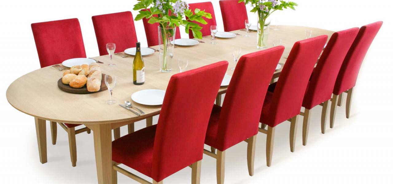 Round Extending Dining Table Regarding Newest Round Dining Tables Extends To Oval (View 8 of 20)
