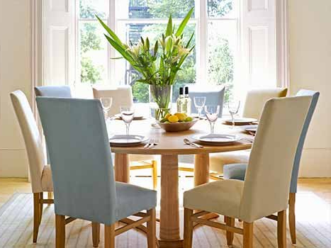 Round Extending Dining Tables Intended For Oak Round Dining Tables And Chairs (View 9 of 20)