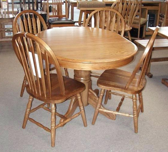 Round Oak Dining Tables And Chairs With Regard To Well Liked This Is Antique Round Oak Dining Table Minimalist Full Size Of (View 15 of 20)