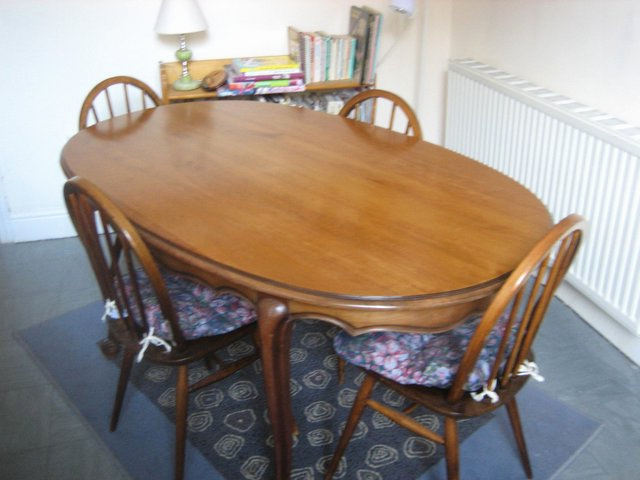 Second Hand Oak Dining Chairs Regarding Trendy 20 Fresh Used Oak Dining Chairs – Dining Chairs (Gallery 11 of 20)