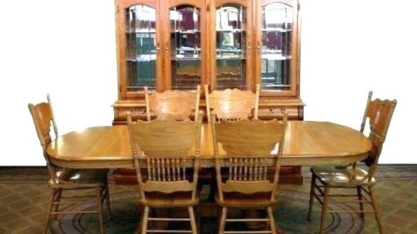 Second Hand Oak Dining Chairs Throughout Widely Used Oak Dining Room Set Used – Architecture Home Design • (View 15 of 20)