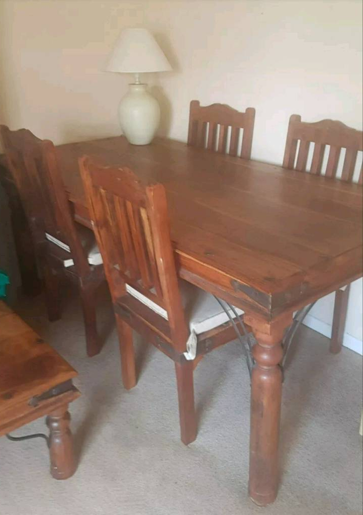 Sheesham Dining Tables And 4 Chairs Regarding Popular Sheesham Wood Dining Table With 4 Chairs (View 15 of 20)