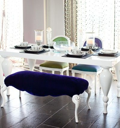 Shiny White Dining Tables Throughout Fashionable White Lacquer Dining Table – Featuring Elegantly Carved, Turned Legs (Gallery 6 of 20)