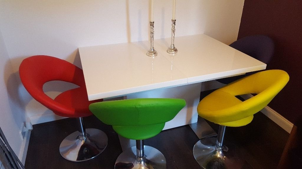 Smartie White Gloss Extending Dining Table & 4 Multi Coloured Swivel Inside Best And Newest Smartie Dining Tables And Chairs (View 2 of 20)