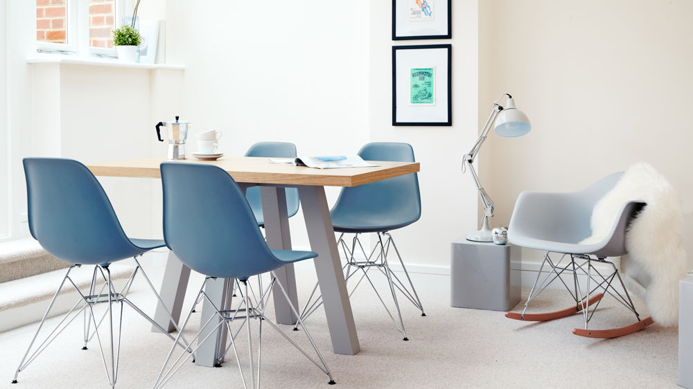 Throughout Modern Dining Sets (View 18 of 20)