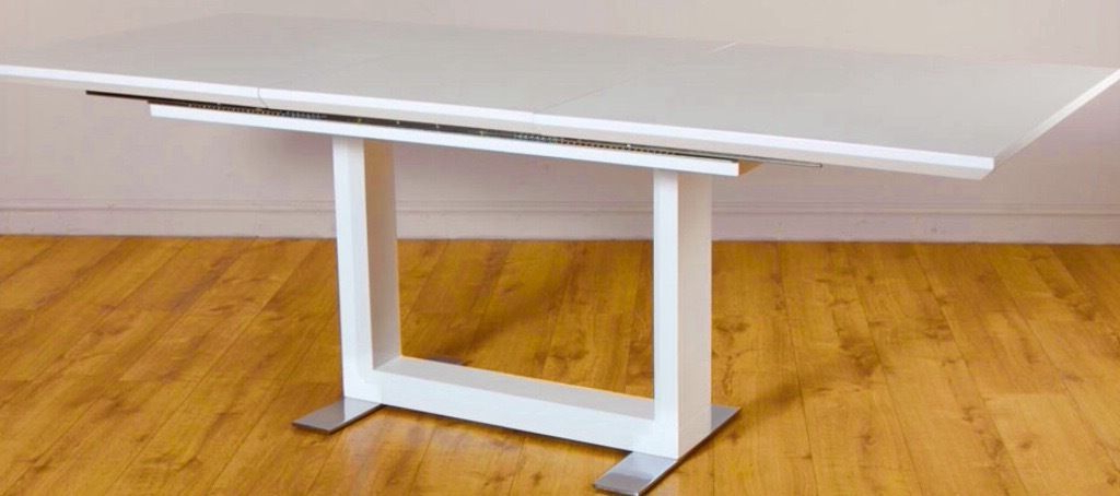 Tokyo White High Gloss Extending Dining Table – 160 – 220cm (View 19 of 20)