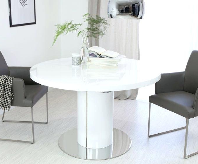 Top 10 Best Extendable Dining Tables In 2018 Toptenreviewpro East Pertaining To Well Known Round White Extendable Dining Tables (View 15 of 20)