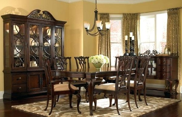 Traditional Dining Room Traditional Dining Room Furniture Creative Regarding Favorite Traditional Dining Tables (View 15 of 20)