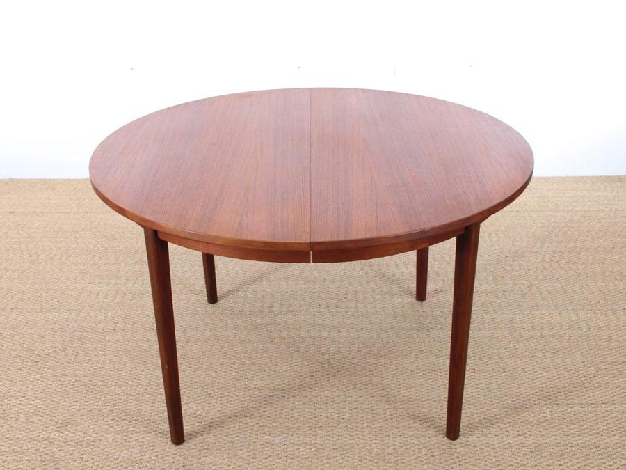 Trendy Mid Century Modern Danish Round Dining Table In Teak (View 7 of 20)