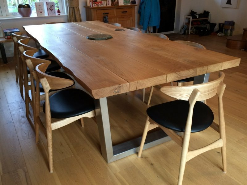 Trendy Oak Dining Furniture With Regard To Rustic Dining Table Selection (View 18 of 20)