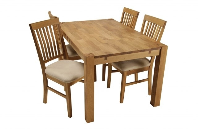 Trendy Royal Oak Small Dining Table & 4 Dining Chairs (View 11 of 20)