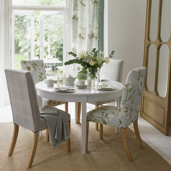 Trendy White Circular Dining Tables Within Dining Tables. Astonishing Small Round Dining Table Set: Small Round (Gallery 9 of 20)
