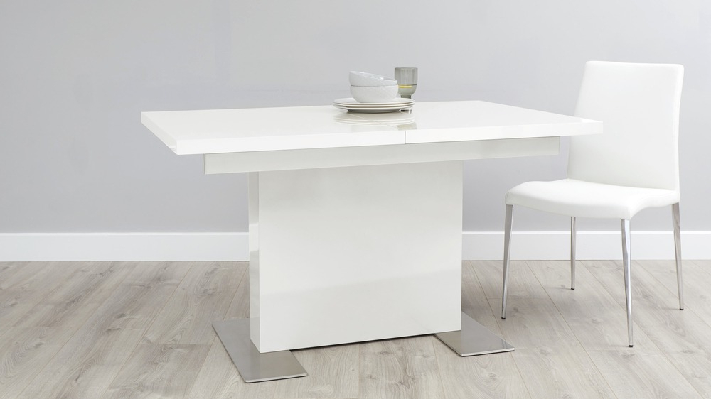 Uk Inside Well Liked White Gloss Dining Tables (View 14 of 20)