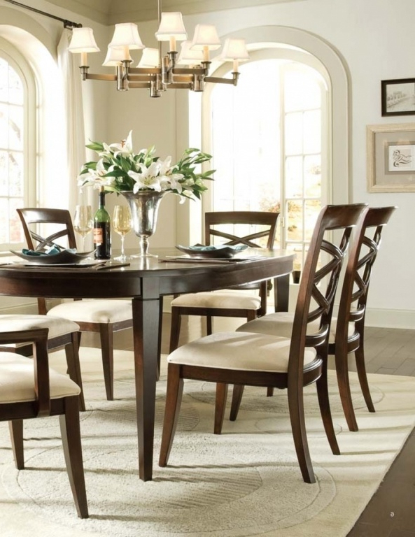 Universal Dining Tables Intended For Preferred Discontinued Universal Dining Room Furniture Best Of Discontinued (Gallery 13 of 20)