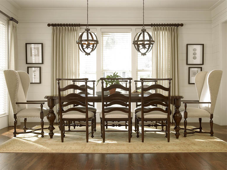 Universal Dining Tables Throughout Well Liked Dining Room — (Gallery 7 of 20)