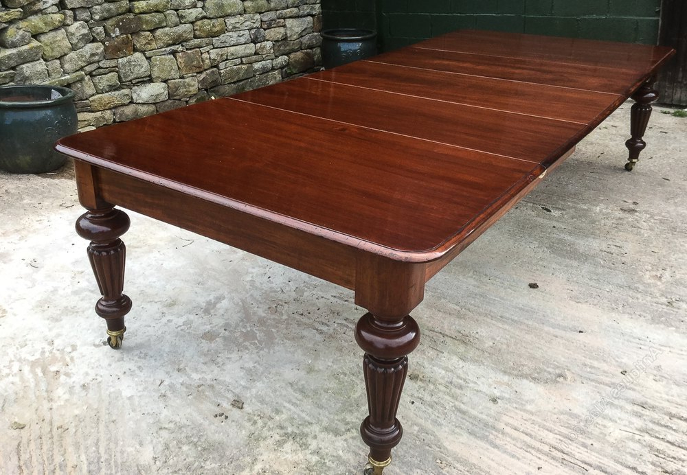 Victorian Mahogany Extending Dining Table 3 Leaves – Antiques Atlas For Best And Newest Mahogany Extending Dining Tables (View 13 of 20)
