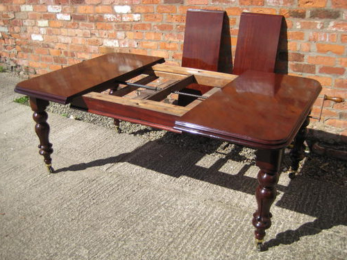 Victorian Mahogany Extending Dining Table – Antiques Atlas Pertaining To 2017 Mahogany Extending Dining Tables (View 9 of 20)