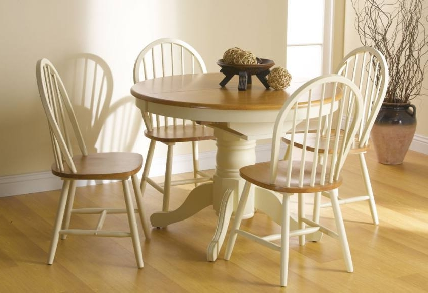 Vida Living – Cotswold Extending Dining Table With 4 Or 6 Windsor Regarding Most Recently Released Cotswold Dining Tables (View 16 of 20)
