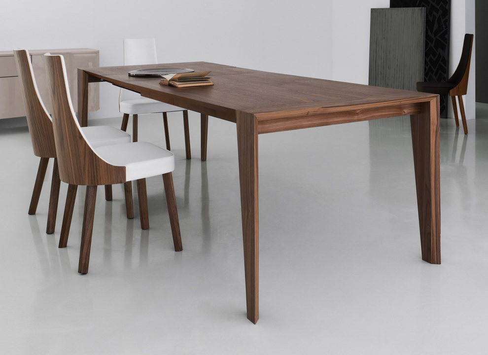 Walnut Dining Tables Within Most Recently Released Walnut Dining Table For The Dining Room – Blogbeen (View 19 of 20)