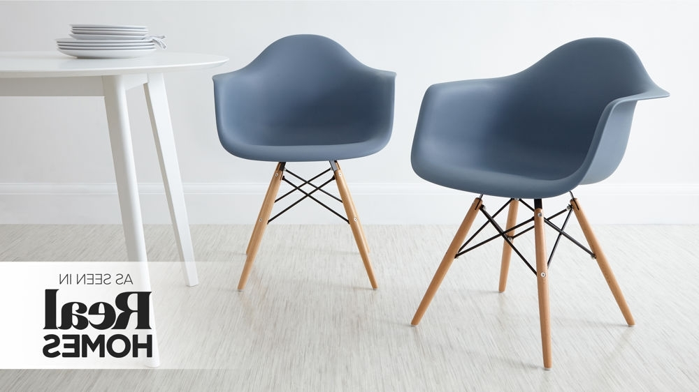 Well Known Dining Chairs With Blue Loose Seat Intended For Eames Dining Chair High Quality Uk Fast Delivery (View 8 of 20)