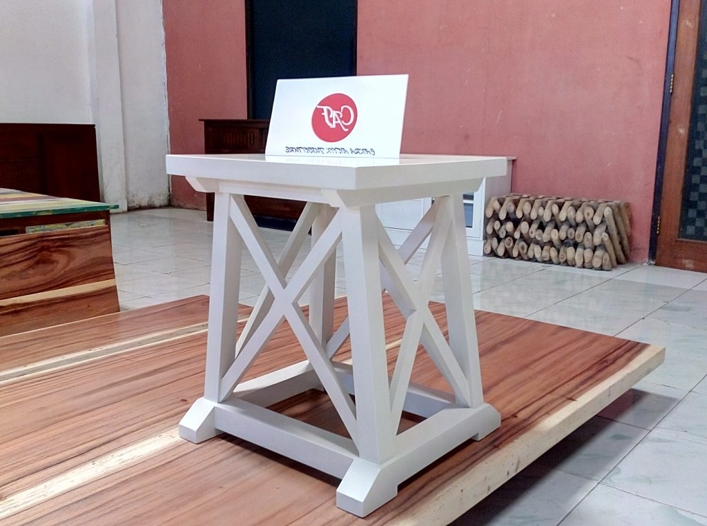 Well Known Dom Side Chairs With Dom Side Table – Cakra Antik Furniturecakra Antik Furniture (View 18 of 20)