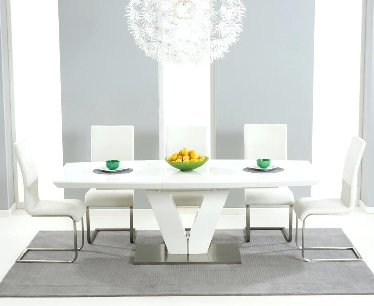 Well Known Gloss Dining Sets Inside High Gloss Dining Table Sets High Gloss Extending Dining Table Sets (View 15 of 20)