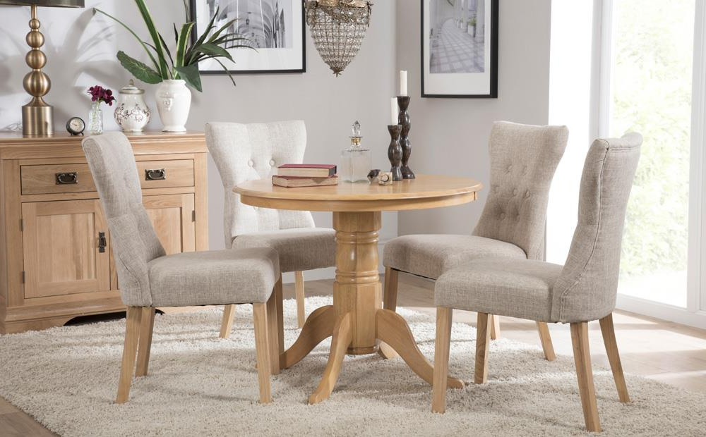 Well Known Kingston Round Oak Dining Table With 4 Bewley Oatmeal Chairs Only Regarding Kingston Dining Tables And Chairs (Gallery 7 of 20)