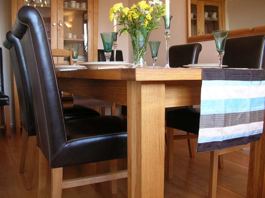 Well Known Leather Chair Dining Table Sets (View 15 of 20)