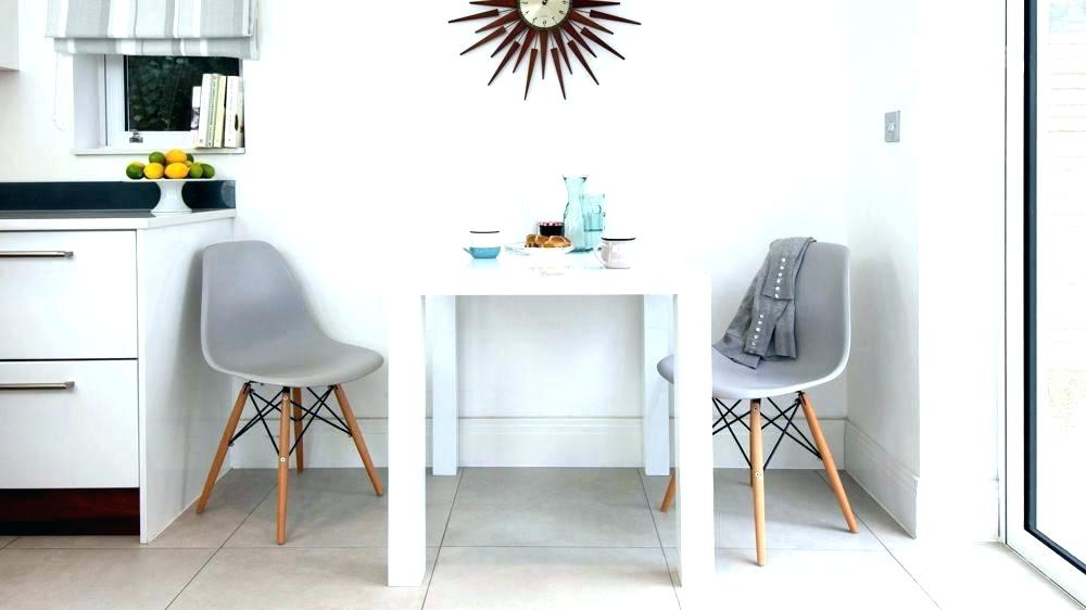 Well Known Small Table With 2 Chairs – Modern Computer Desk Cosmeticdentist Regarding Dining Tables And 2 Chairs (View 20 of 20)