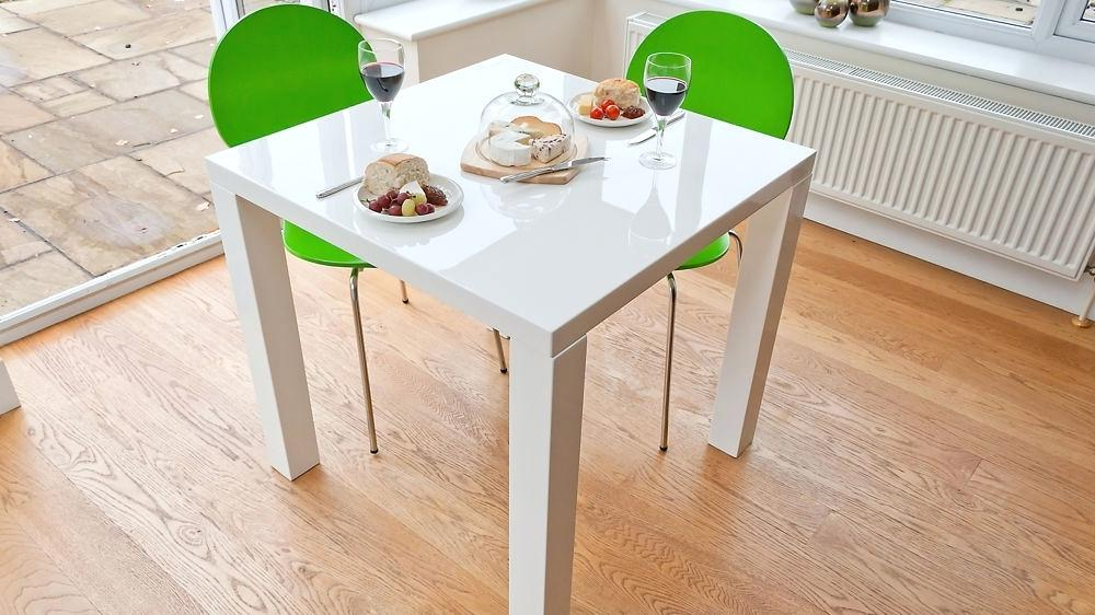 Well Known Small White Extending Dining Tables Intended For Small White Extending Dining Table – Modern Computer Desk (Gallery 6 of 20)