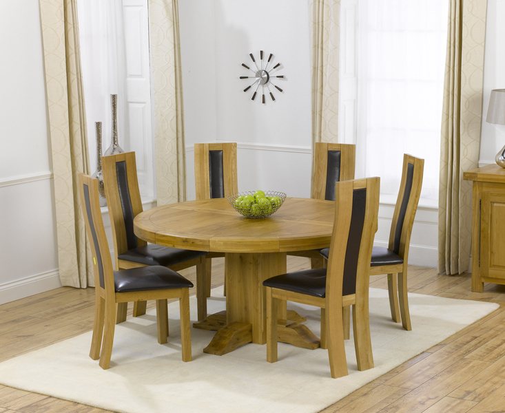 Well Known Torino 150Cm Solid Oak Round Pedestal Dining Table With Toronto Chairs With Round Oak Dining Tables And 4 Chairs (Gallery 7 of 20)