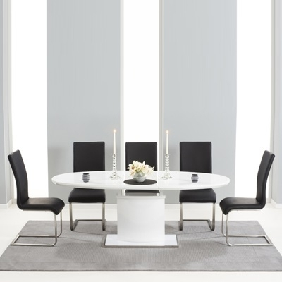 Well Liked Black Gloss Extending Dining Tables In Savana High Gloss Extending Dining Table With 6 Milan Black Chairs (View 16 of 20)