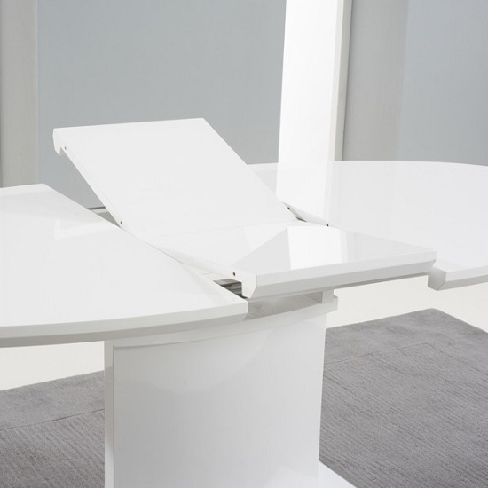 Well Liked Bozen Extendable Dining Table Oval In White High Gloss With Regard To White High Gloss Oval Dining Tables (View 4 of 20)