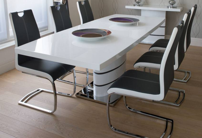 White Extendable Dining Tables And Chairs Regarding Widely Used Greenapple Furniture – Rimini Lacquered Gloss Grey Or White (View 6 of 20)