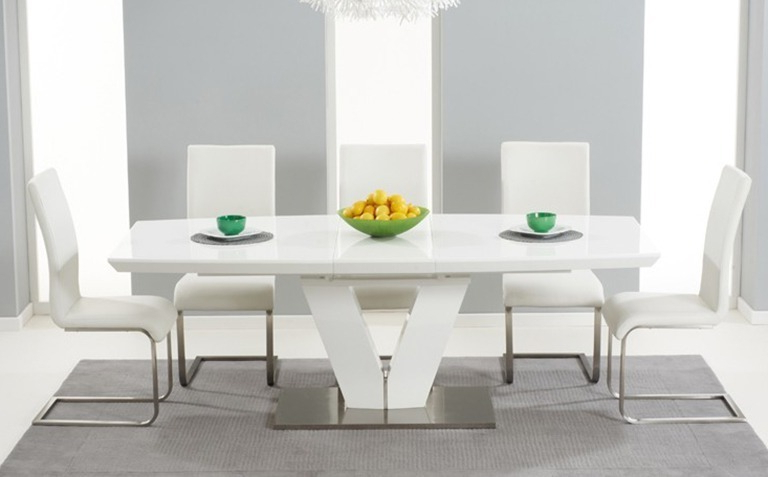 White Gloss Extendable Dining Tables With Regard To Preferred High Gloss Dining Table Sets (Gallery 17 of 20)