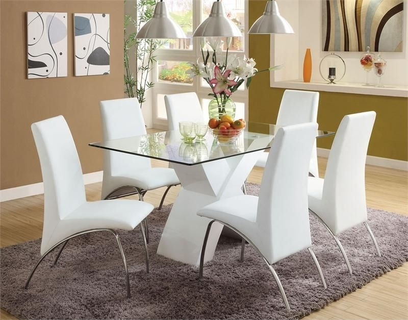 White Regarding Chrome Dining Tables And Chairs (View 20 of 20)