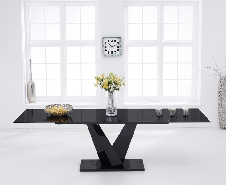 Widely Used Black Extending Dining Tables Intended For Faro Black Glass 180cm 260cm Extending Dining Table (View 9 of 20)