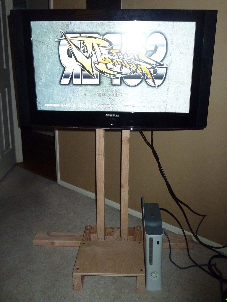 $10 Lcd Tv Floor Stand: 4 Steps With Regard To Bale 82 Inch Tv Stands (View 18 of 20)