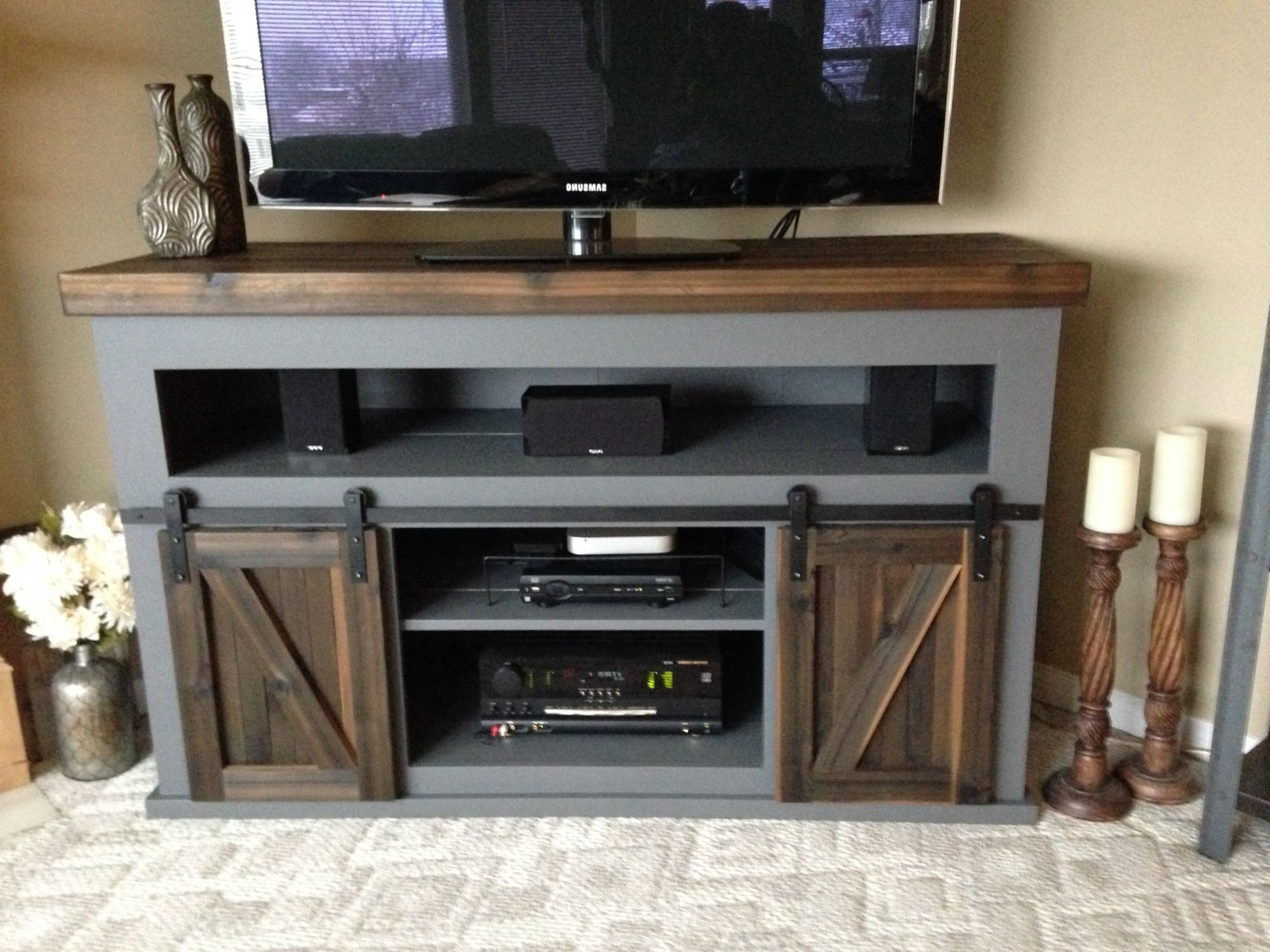 19 Amazing Diy Tv Stand Ideas You Can Build Right Now | Furniture With Laurent 50 Inch Tv Stands (View 2 of 20)
