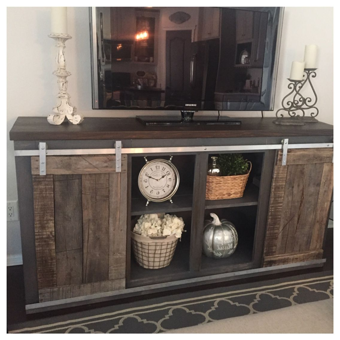 Best Pallet Projects | Pallet Tv Stands & Entertainment Centers Intended For Laurent 70 Inch Tv Stands (View 7 of 20)