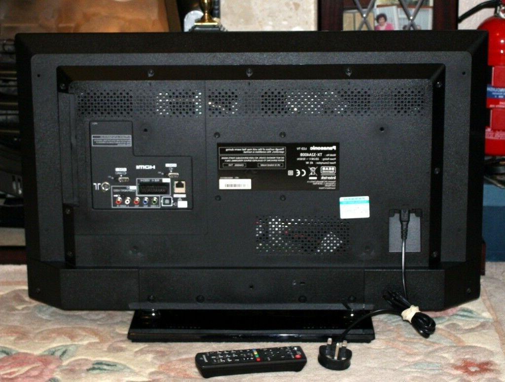 Panasonic 32 Inch Led Tv With Freeview Hd | In Wakefield, West Throughout Wakefield 97 Inch Tv Stands (View 8 of 20)