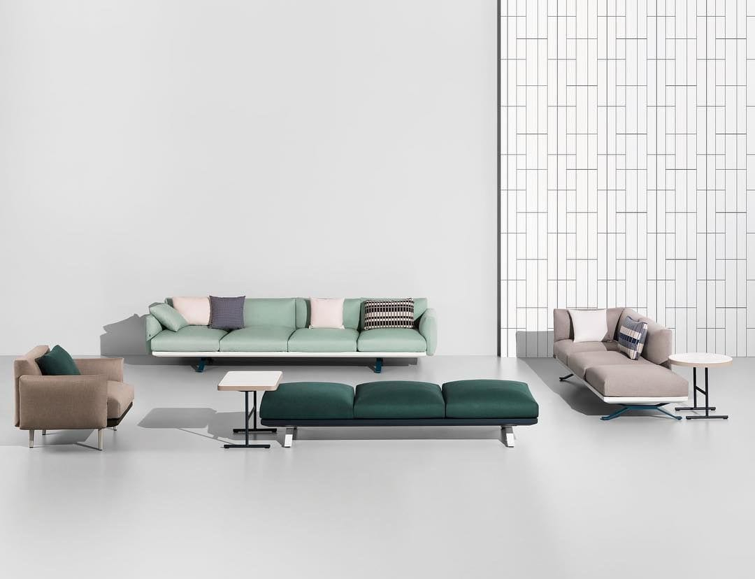 The Perfect Wine Glass, A Reissue Of An Iconic Sofa, And More Great With Regard To Mayfield Plasma Console Tables (View 11 of 20)
