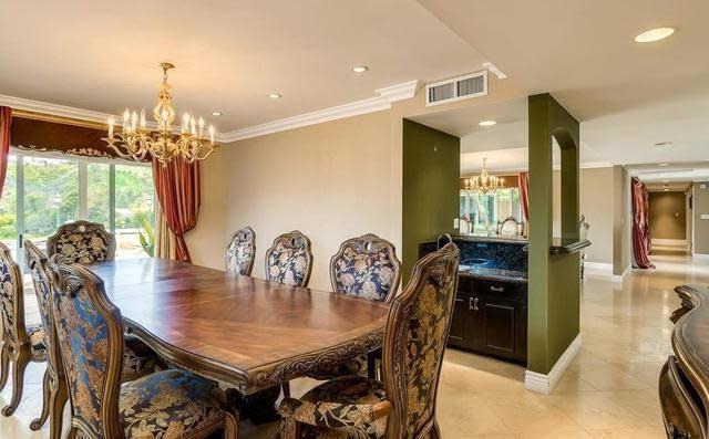 Most Recent 1256 Casiano Rd, Los Angeles, Ca 90049 ~ Open Listings In Casiano 5 Piece Dining Sets (Gallery 9 of 20)