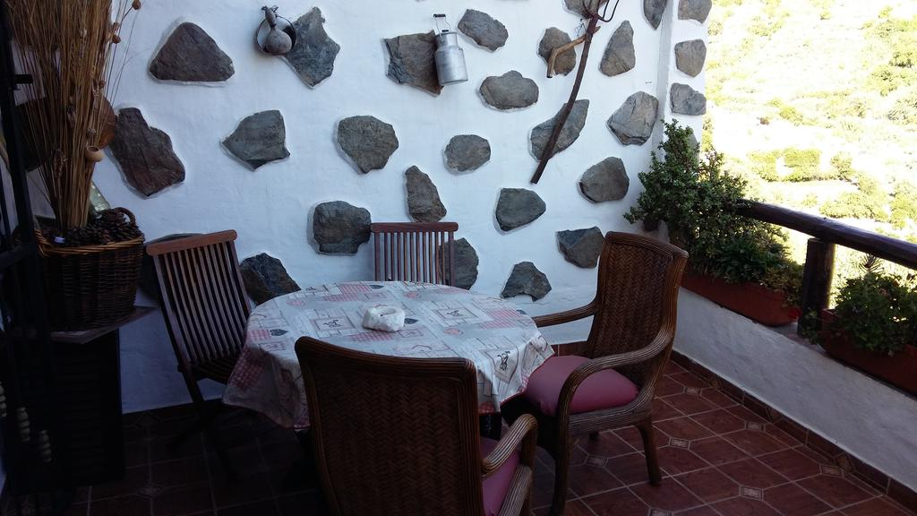 Preferred Tejeda 5 Piece Dining Sets Throughout Casa Canaria Tejeda, Tejeda – Updated 2019 Prices (View 14 of 20)
