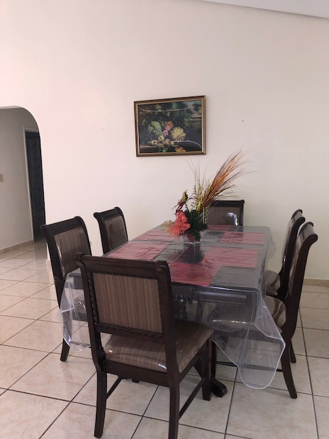 Saintcroix 3 Piece Dining Sets Within Most Popular Dining Room Table – St Croix For Rent (View 17 of 20)