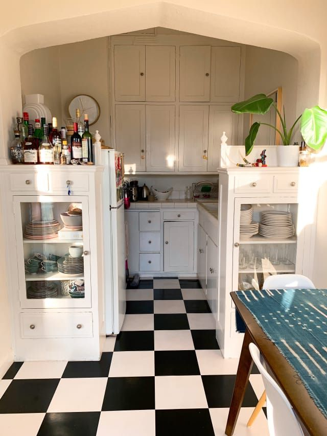 2019 A 400 Square Foot San Fran Studio Has The Cutest Checkered Inside Arlen Kitchen Pantry (Gallery 11 of 20)