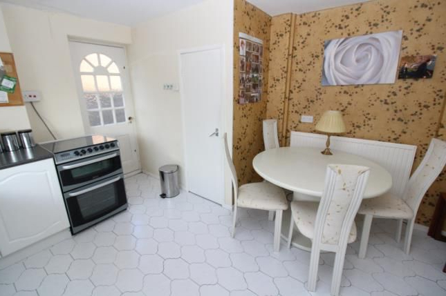3 Bed Semi Detached House For Sale In Green Walk, Gatley Within 2020 Gatley Kitchen Pantry (View 11 of 20)