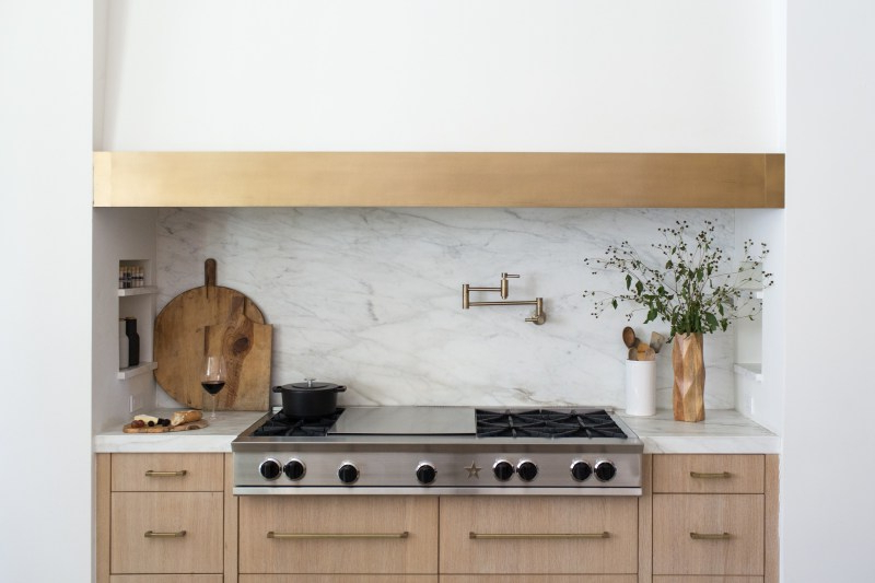 5 Kitchen Design Tips That'll Make Your Space Feel Bespoke In 2020 Zimmerman Kitchen Pantry (Gallery 19 of 20)